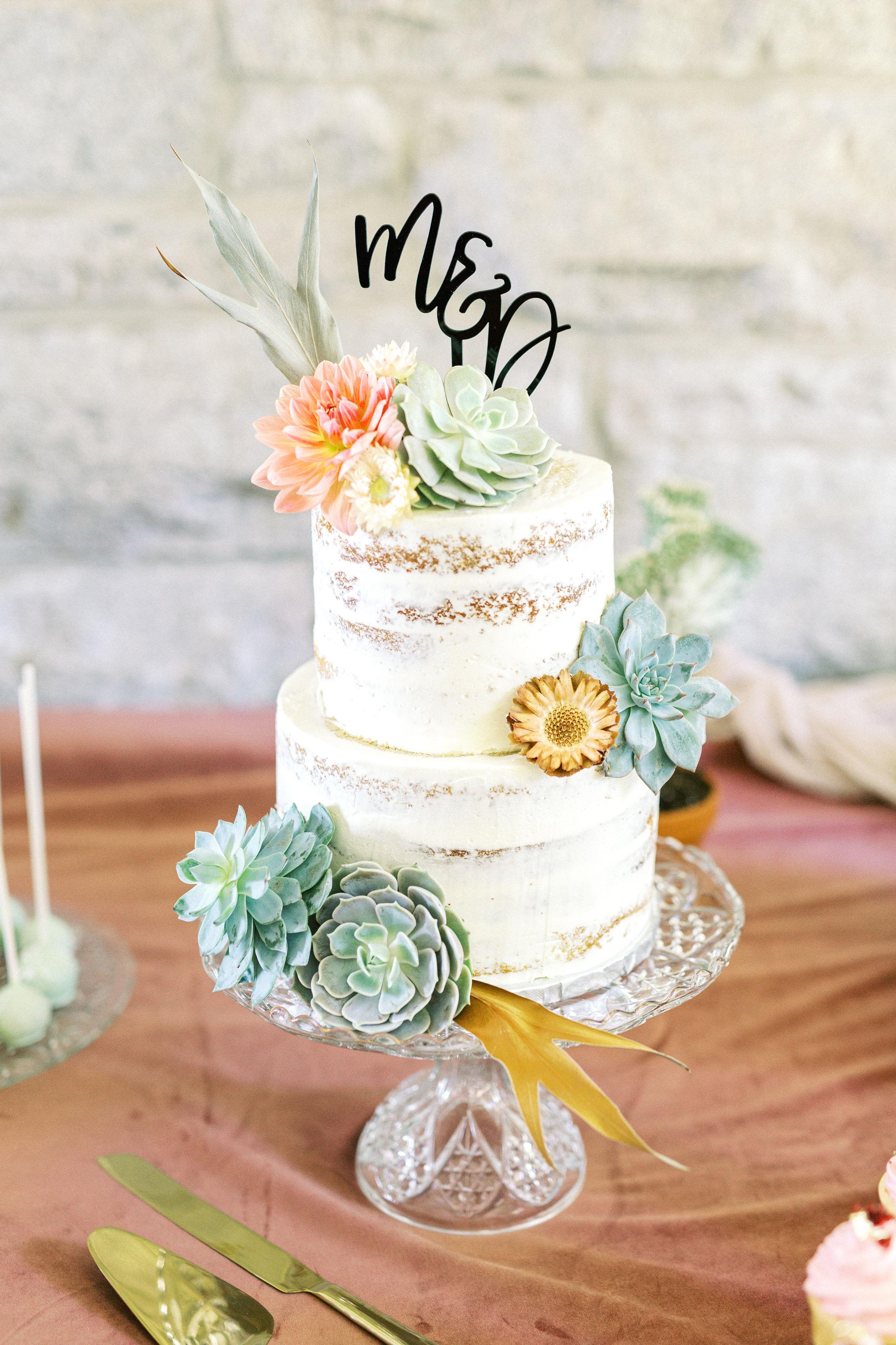 Gâteau de mariage élégant et gourmand